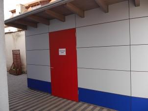 Kindergarten-Gramschatz-Anbau-Schuppen-Eingangstuer